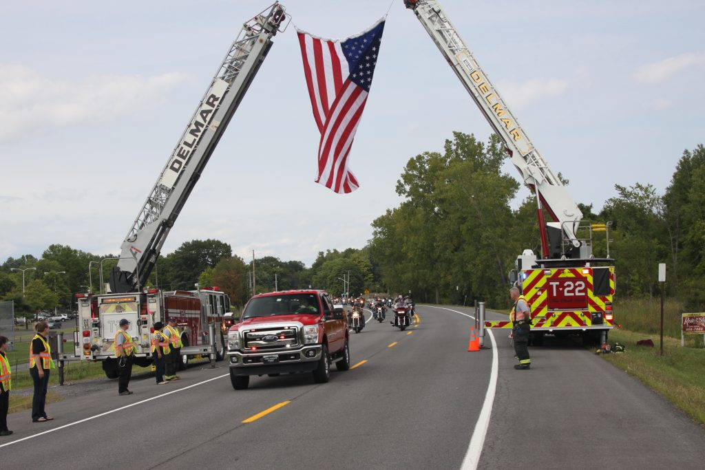 Delmar Fire Department Clears The Way For The 2015 Ride4Life Motorcyle Run Benefit To Support A Cure For Cancer